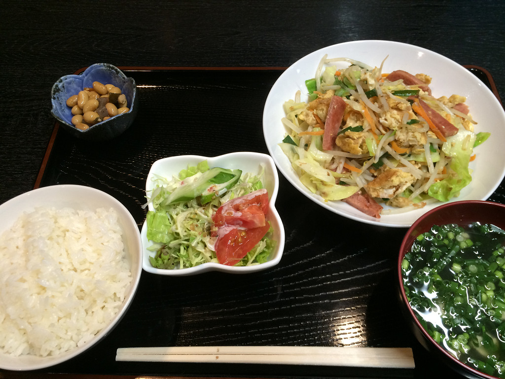 麩チャンプルー定食