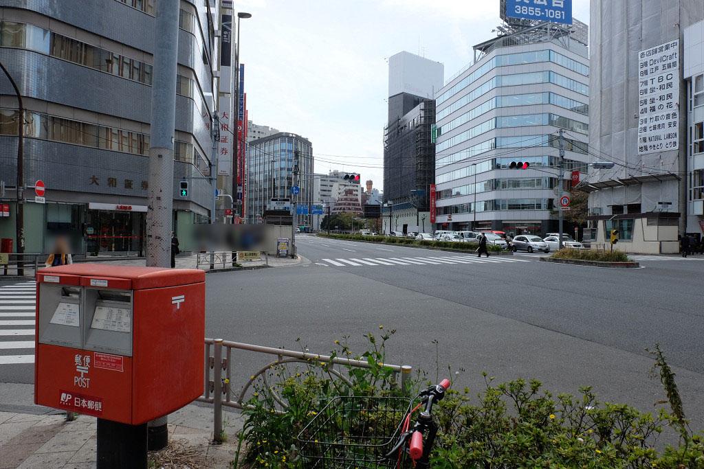 五反田駅から桜田通りを左折