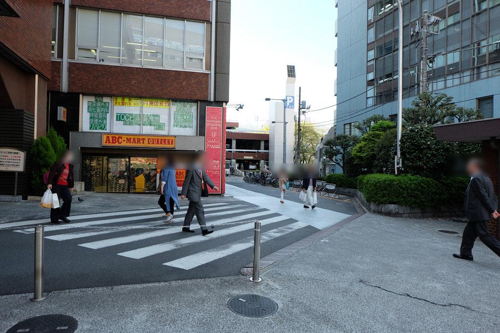 第二京浜側の駐車場