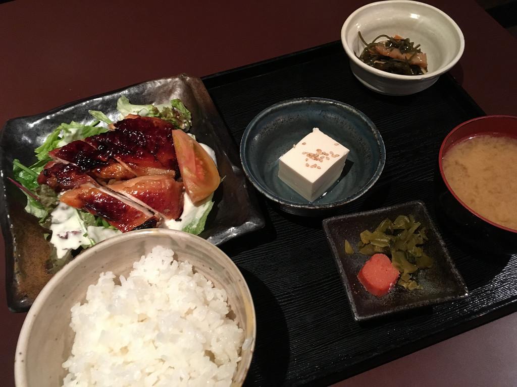 九州定食(地鶏の照り焼)