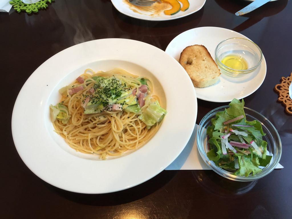 ベーコンとキャベツのクリームパスタ(Pastaランチ)