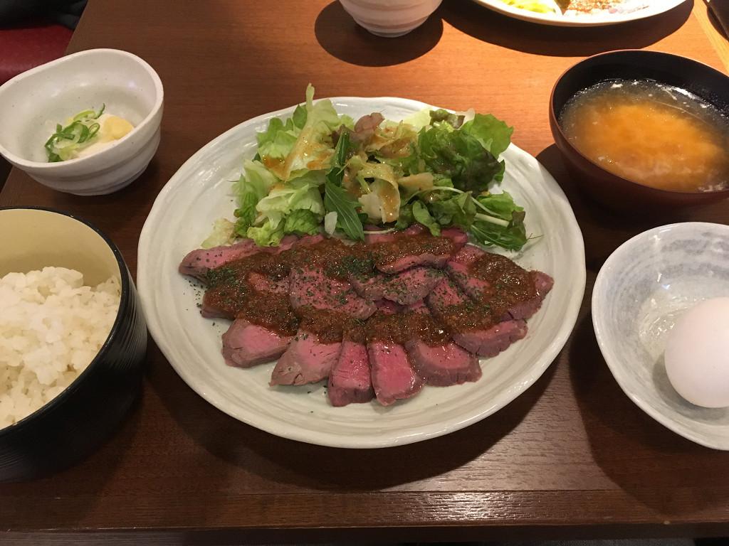 牛たたき定食