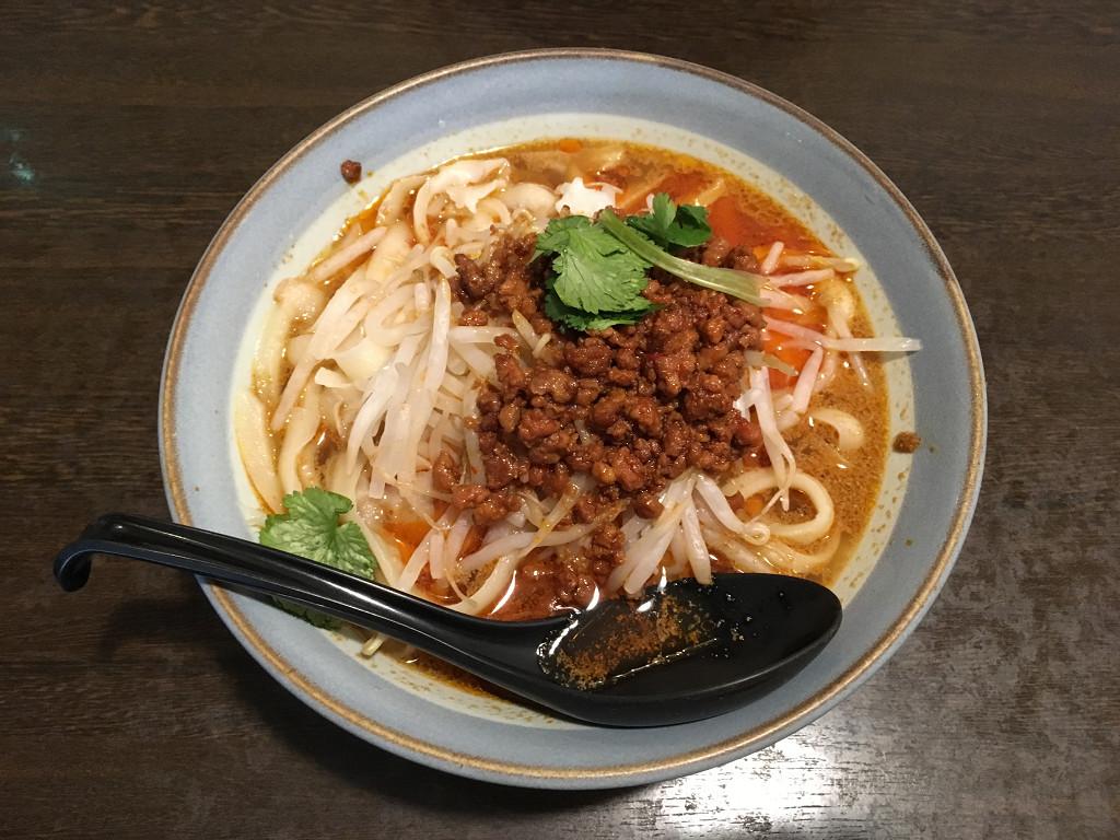 坦坦刀削麺