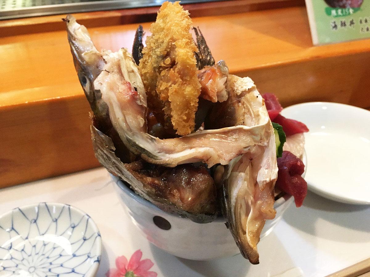 海鮮丼の後ろ側