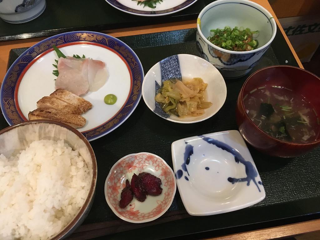 刺身・納豆定食