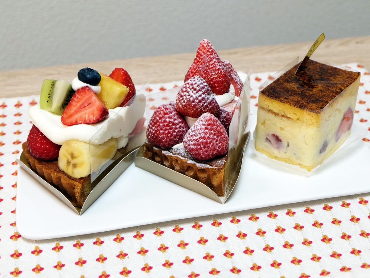 いろいろタルト、あまおうタルト(ダマンド)、神戸ムースリーヌ