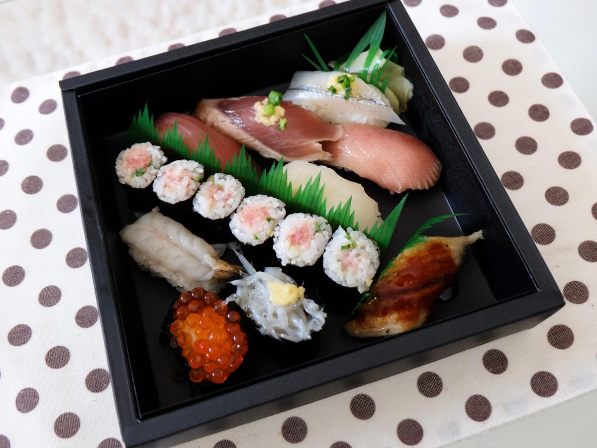 旬とまぐろの寿司 春