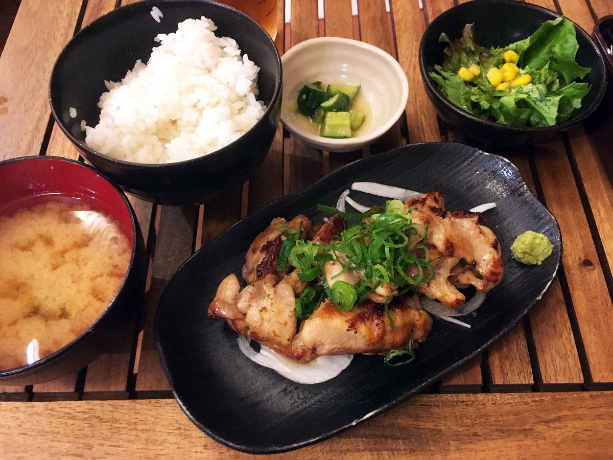 鶏のわさび香味焼き定食