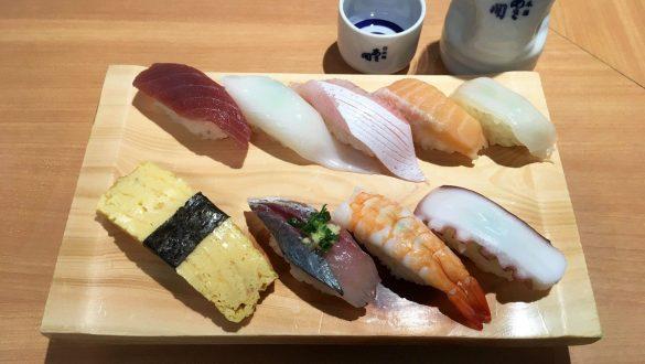 にぎり各種、日本酒、にぎり