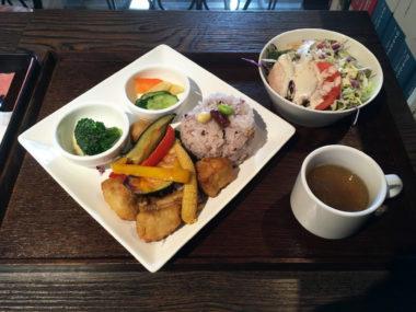 Cantilever Cafe Yanagiya(柳屋)